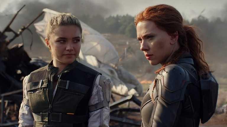 Florence Pugh and Scarlett Johanson in Marvel's Black Widow